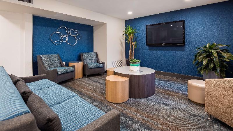 Lobby Microtel Inn & Suites By Wyndham Yuma