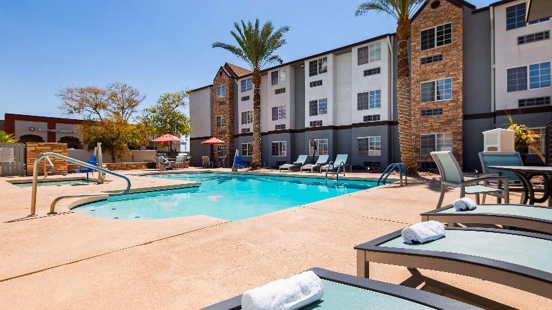 Pool Microtel Inn & Suites By Wyndham Yuma