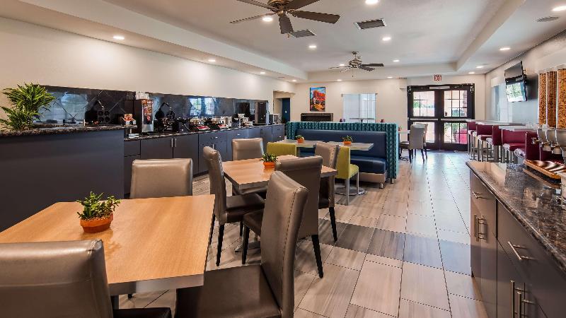 Restaurant Microtel Inn & Suites By Wyndham Yuma