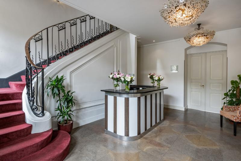 Hôtel Résidence Parc des Eaux-Vives