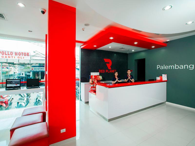Lobby Red Planet Palembang