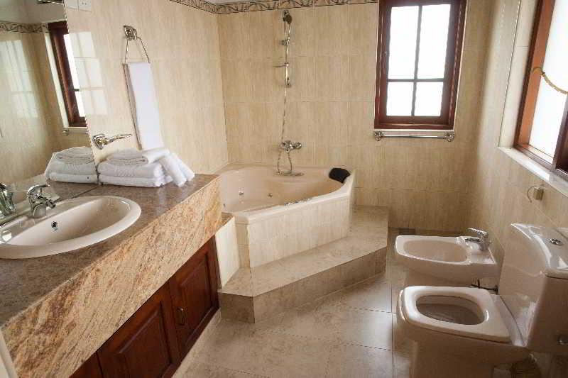 Room Alankara Villa