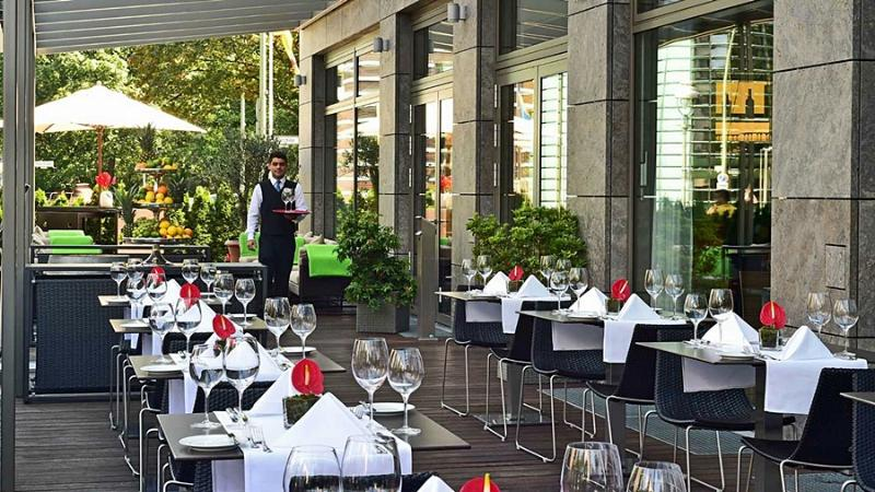 Pestana Berlin Tiergarten - Terrace - 15