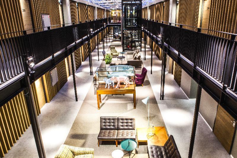 Lobby Hotel De Hallen