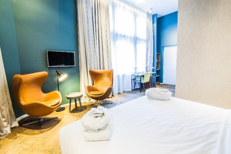Room Hotel De Hallen