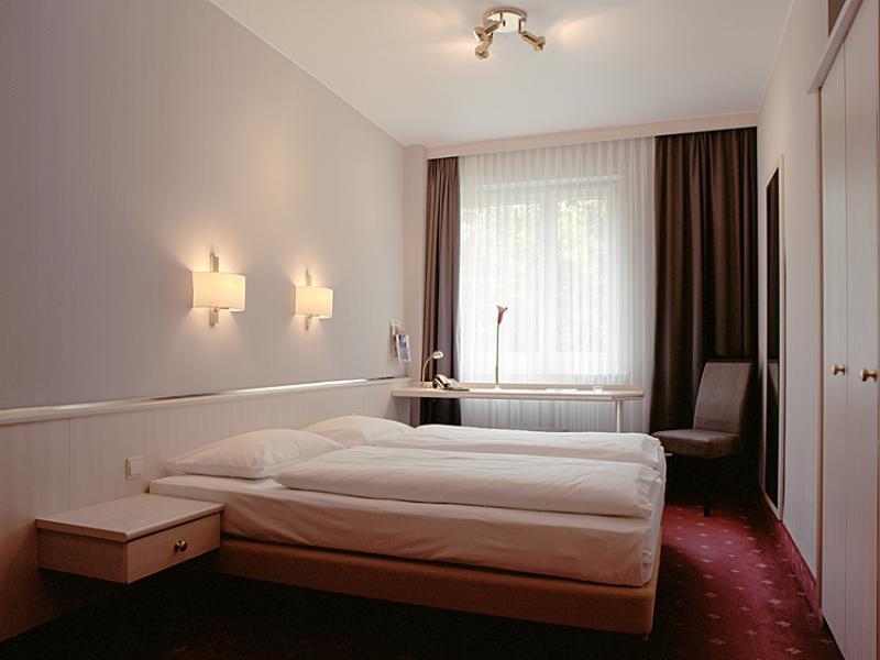 Room Berlin Plaza Hotel Am Kurfurstendamm