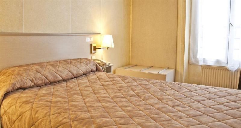 De Paris - Hotel - 0