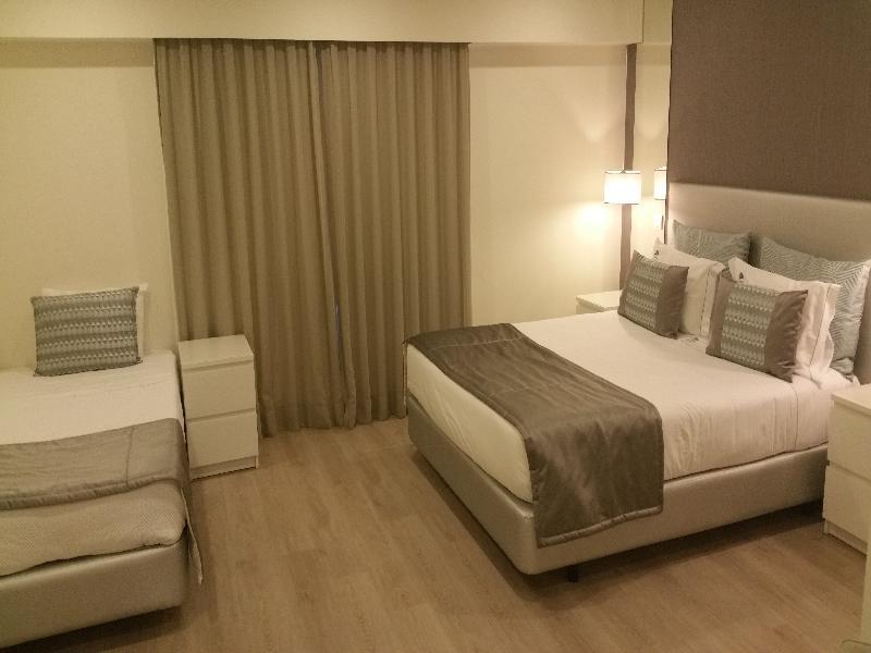 Room West Beach Hotel