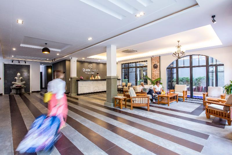 Queen Grand Boutique Hotel - General - 10
