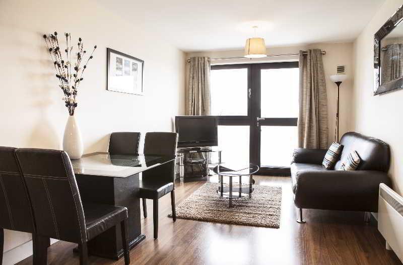 General view Cheltenham Plaza - Bliss Apartments