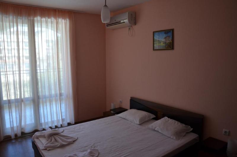 Room Cantilena