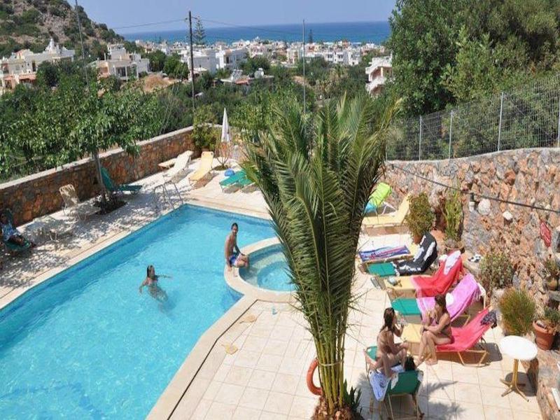 Pool Mary Sofi Apartments