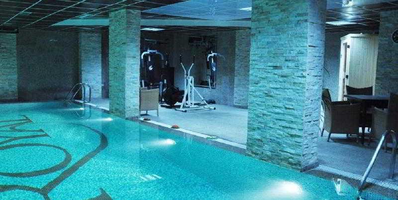 Pool Royal Hotel&spa Pristina
