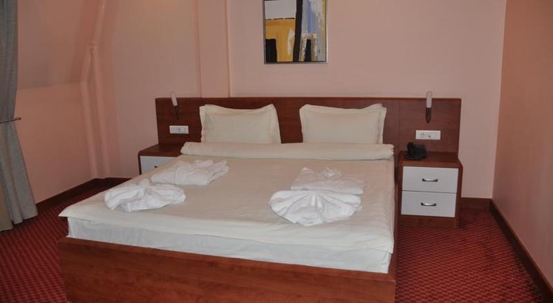 Room Royal Hotel&spa Pristina