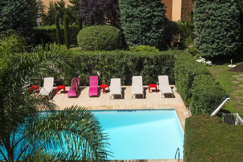 Beausejour - Pool - 6