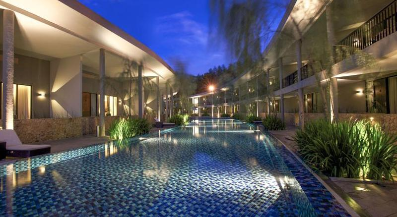 Pool Neo Green Savana