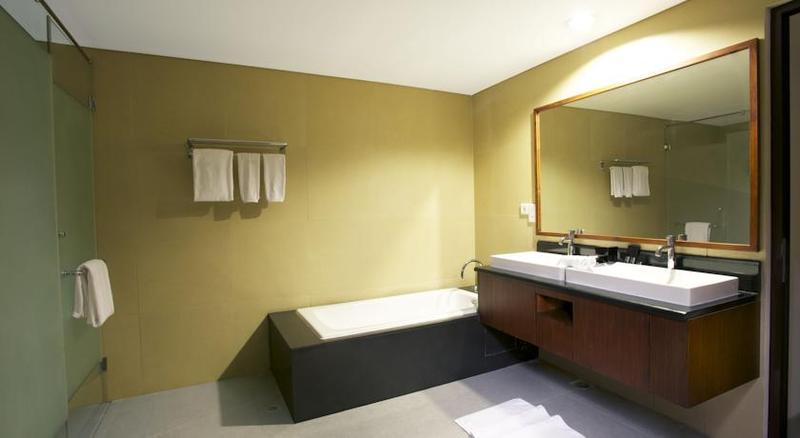 Room Neo Green Savana