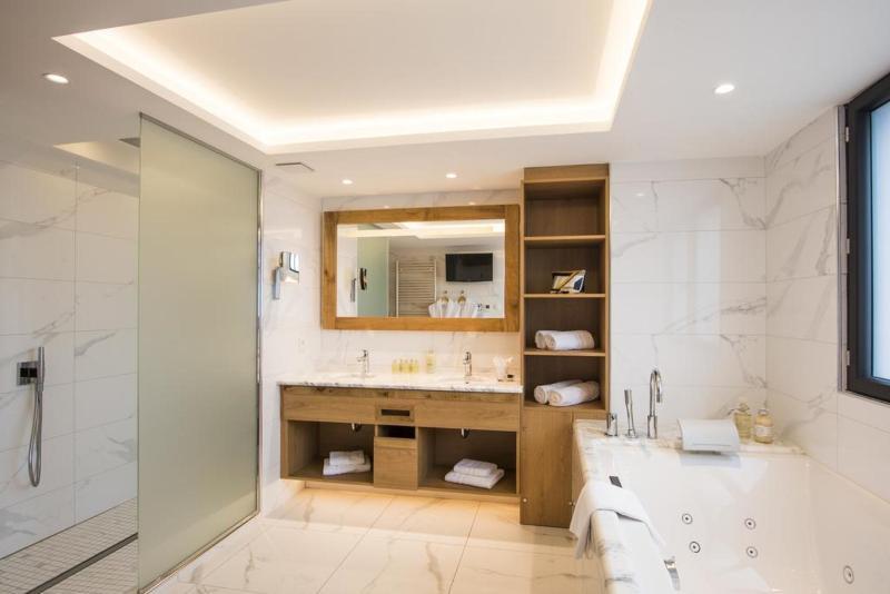 Hostellerie des Chateaux Spa - Room - 5