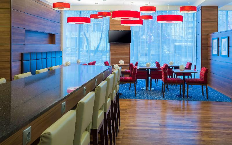 Restaurant Hampton By Hilton Voronezh