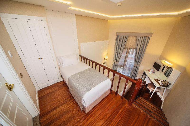 Room Ada Karakoy Hotel