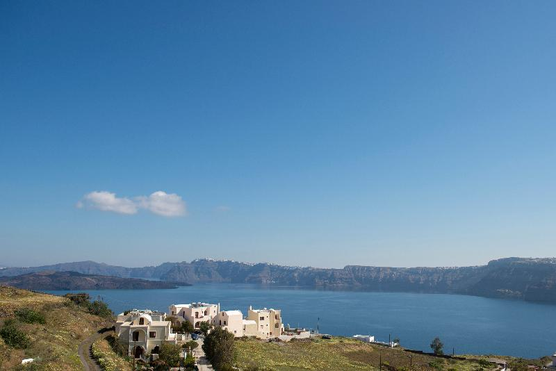General view Earino Suites And Villas