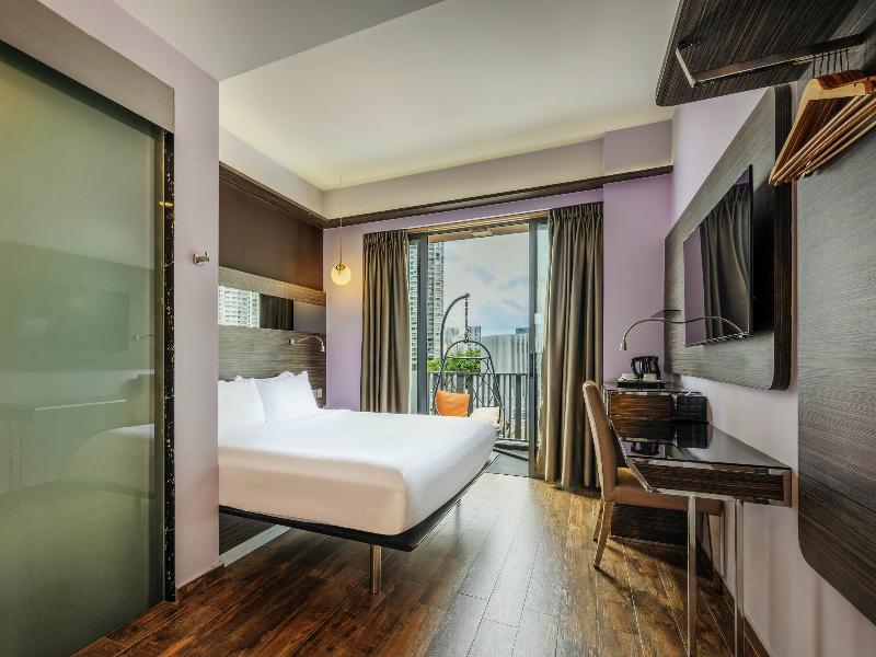 Parc Sovereign Hotel - Tyrwhitt - Room - 1