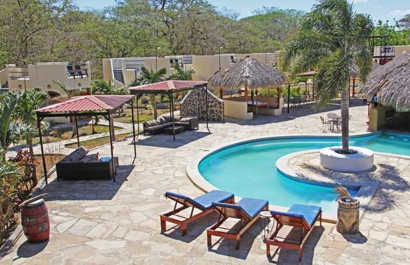 Pool Surf Ranch Hotel & Resort
