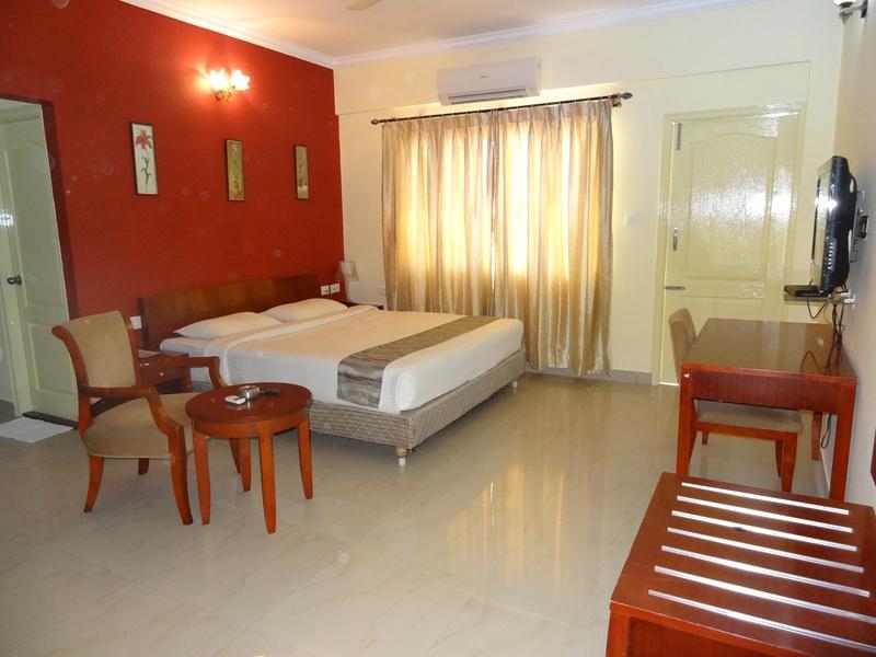 Ivory Inn - Room - 1
