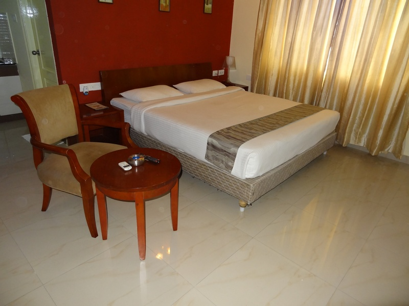 Ivory Inn - Room - 8