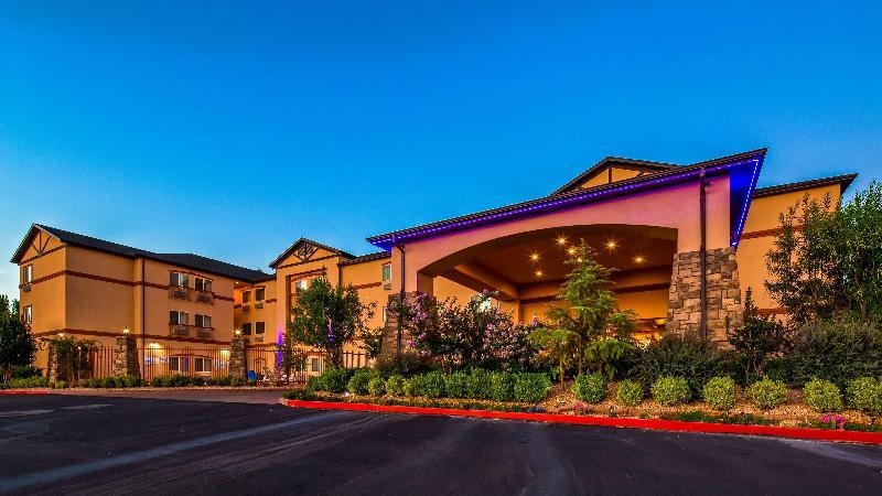 General view Best Western Plus Zion West Hotel
