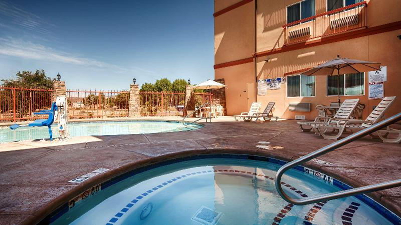 Pool Best Western Plus Zion West Hotel