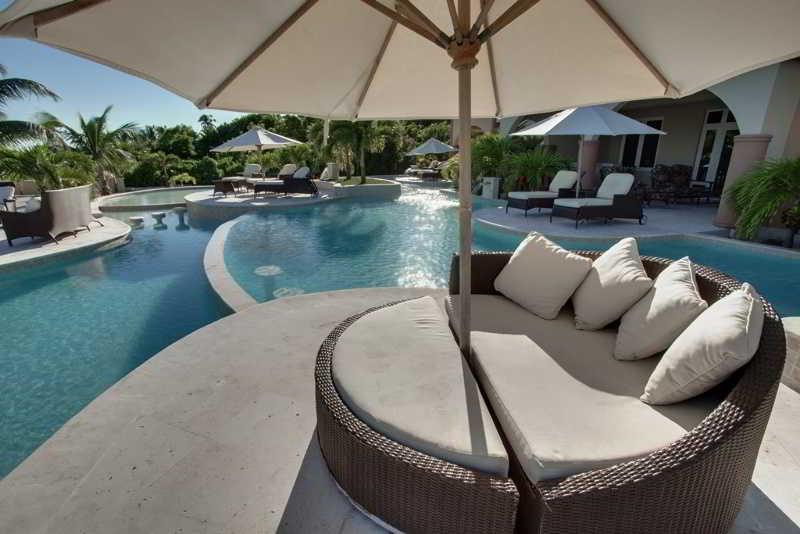 Pool Belizean Cove Estates