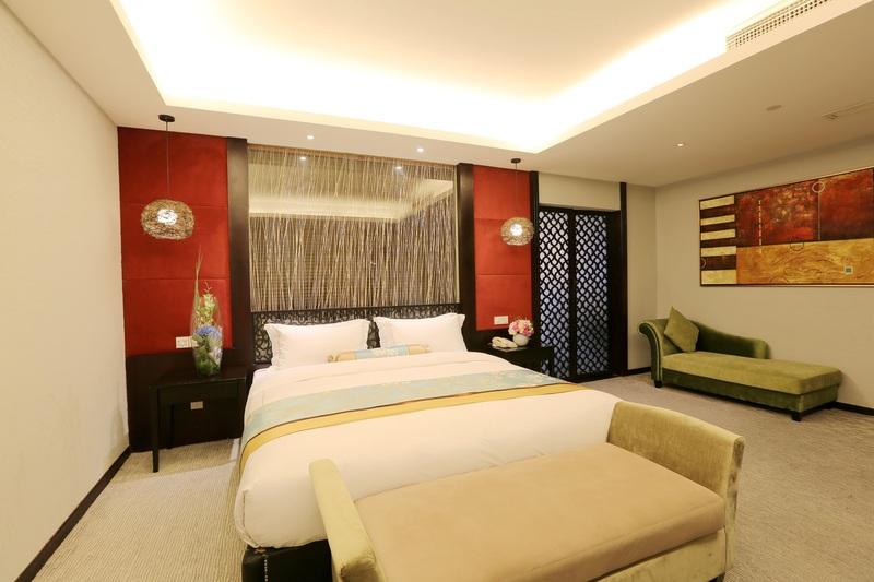 Fortune Hotel Shanghai - Room - 1