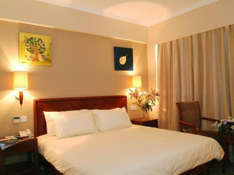 Green Tree Inn Hongqiao Airport Apartment Hotel - Room - 8