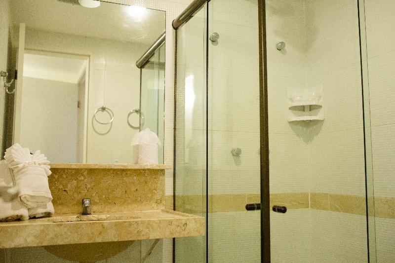 VELA BRANCA PRAIA HOTEL - Room - 9