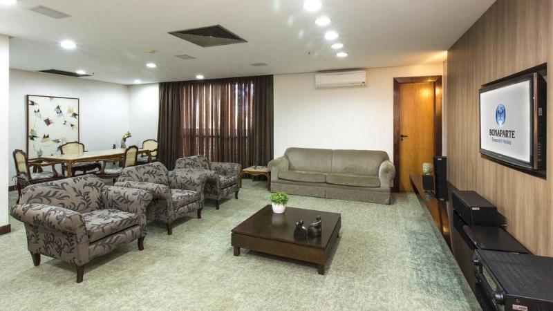BONAPARTE BLUEPOINT HOTEL - Hotel - 1