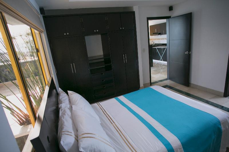 D Leon - Room - 1