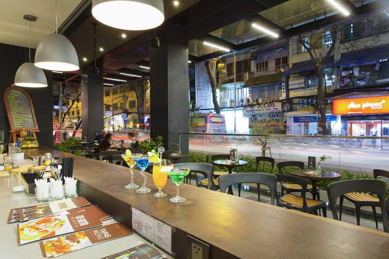 Bar Liberty Central Saigon City Point Hotel
