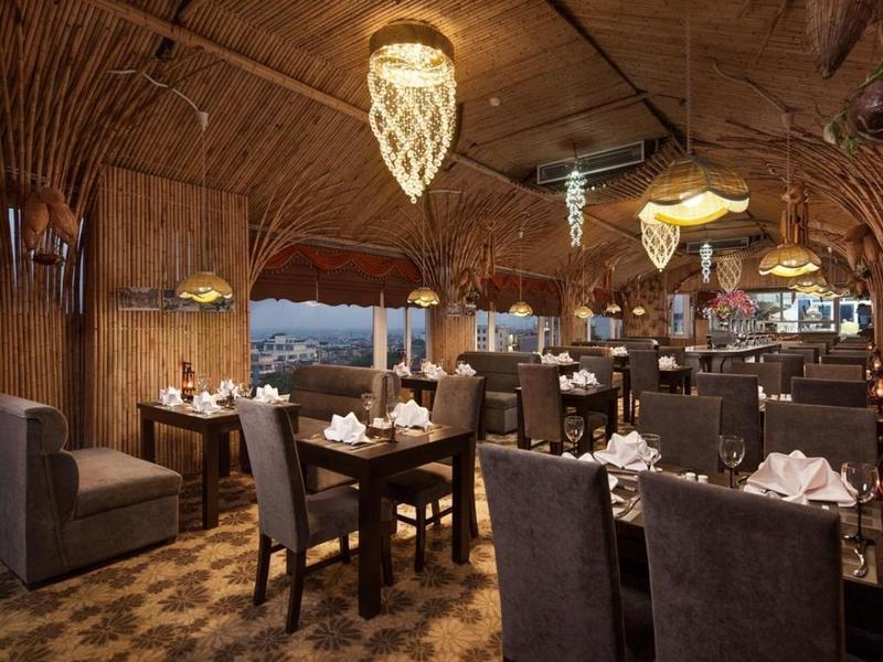 Restaurant Boss Legend Hotel