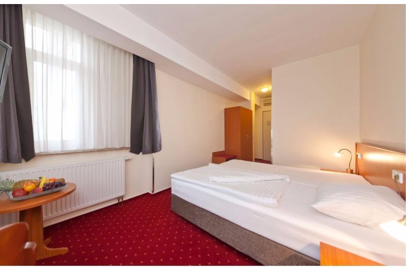 Room Novum Business Hotel Belmondo Hamburg Hauptbahnhof