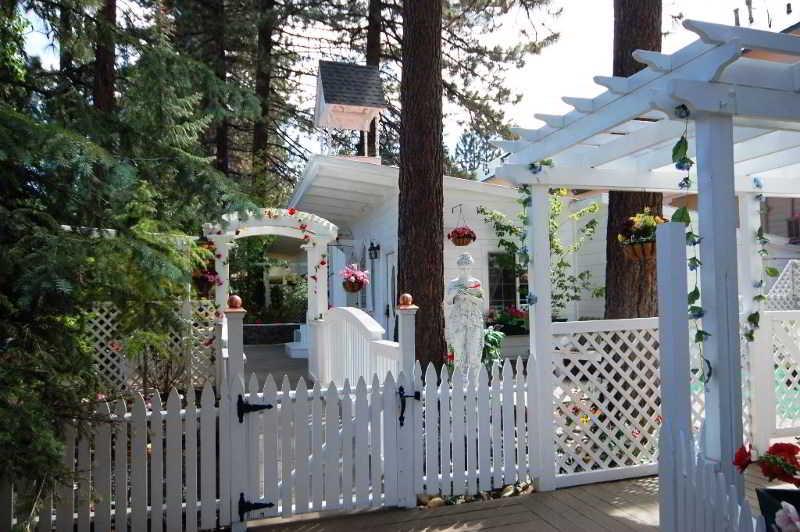Terrace Tahoe Chalet Inn