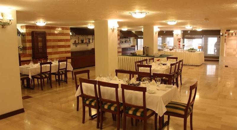 Al Waleed Amman Hotel - Pool - 2