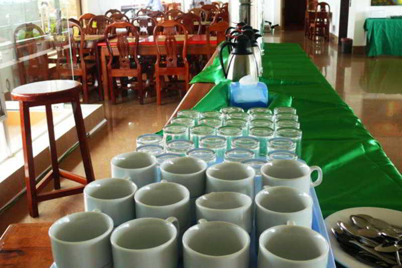 Hang Tep Hotel - Restaurant - 4