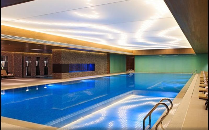 Renaissance Beijing Wangfujing - Pool - 2