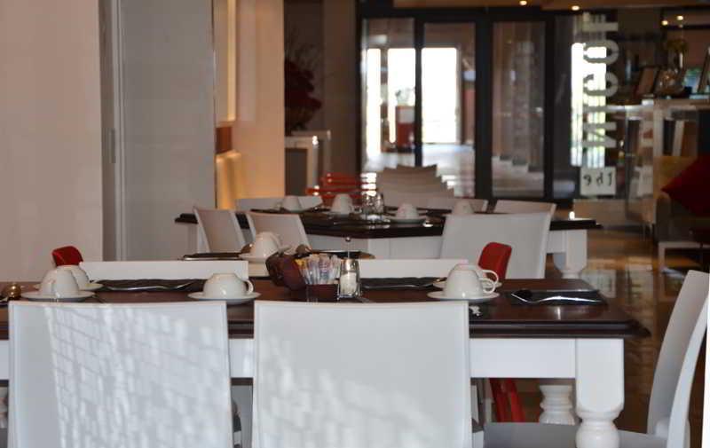 Lobby Urban Hip Hotels - The Nicol Hotels & Apartments