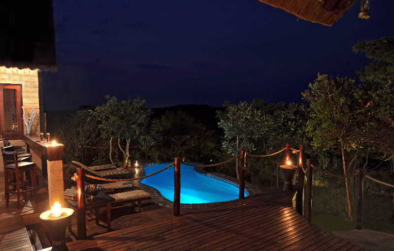 Bar Zwahili Private Game Lodge & Spa