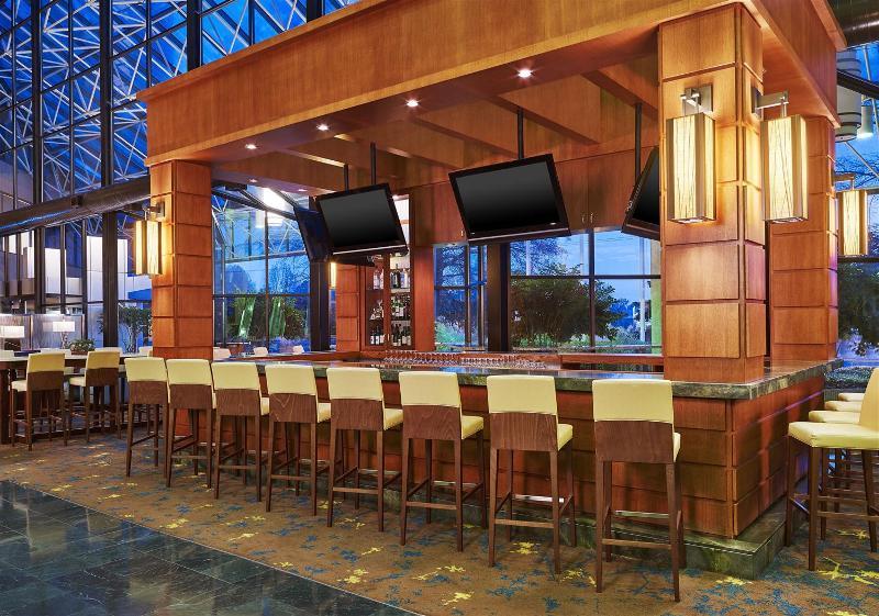 Jansom Beach Resort - Bar - 4