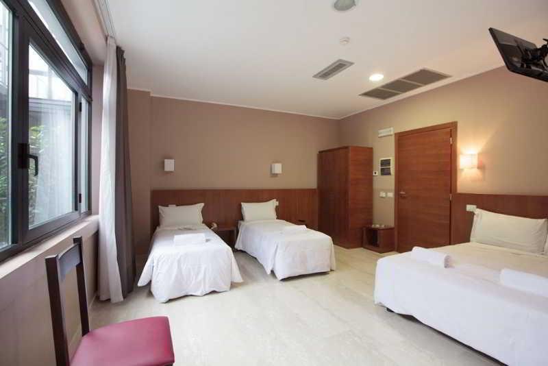 Room Oasi Village Hotel