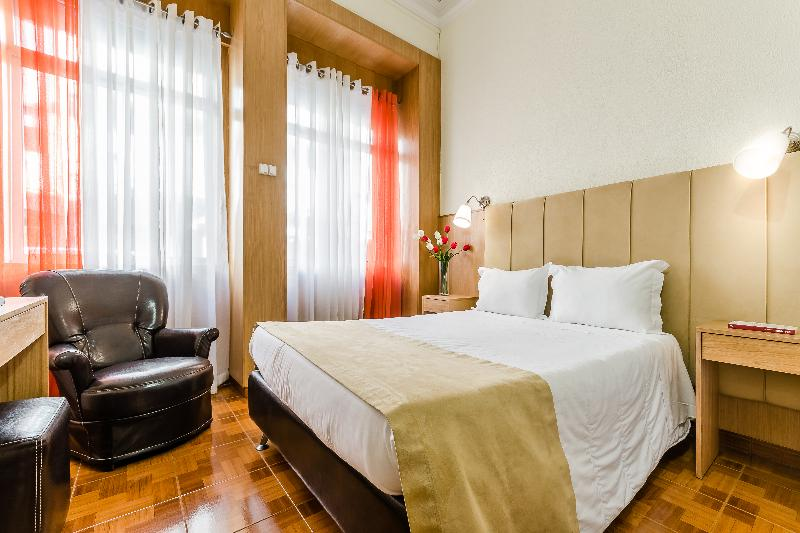 Room Santa Clara Porto