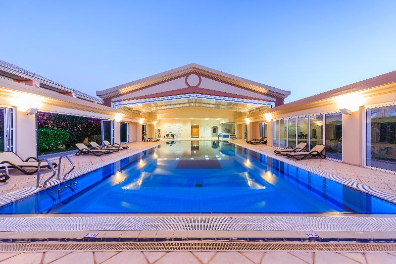 Pool Lakeside Country Club